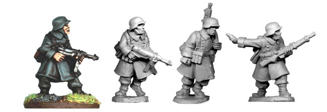 SWW022  German N.C.O.s and LMG Team in Greatcoats (4)