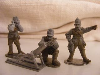 Austrian 9.15 cm Trench Mortar and 3 Crew