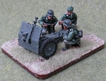 75mm Infantry Gun and 3 crew