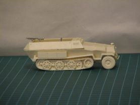 DE008  German SdKfz. 251/2C (1)(1/56th)
