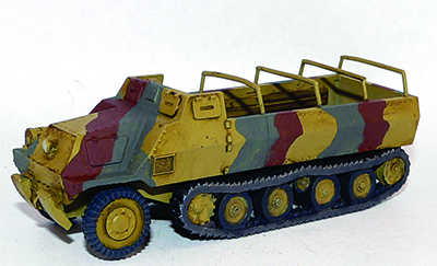 Japanese Ho-Ha halftrack with driver (1/56th)