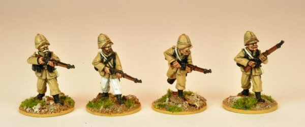 MOD032 - Legion in Troupes Colonial Uniform & Sun Helmet (4)